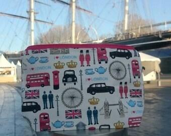 WIP bag // knitting project bag // makeup bag // travel bag // London print // UK