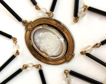 Glass Cameo Necklace Art Deco