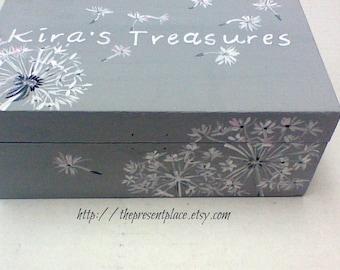 personalized,keepsake box,gray,grey,white,pink,dandelions,girl's memory box,baby's keepsake box,personalized  baby gift,dandelion keepsake