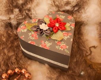 Heart flower garden box