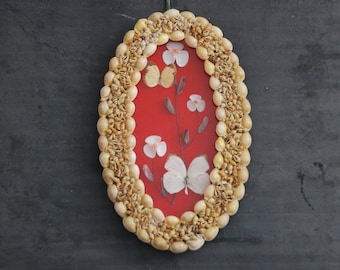 Charming vintage oval shaped seashell frame with seashell collage