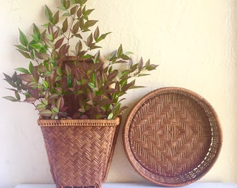 Pair Wall Baskets Pocket Hanging with Handle Greenery Vase Farmhouse Style Brown Woven Wicker Natural Bohemian Boho Hygge Vintage 2 Two