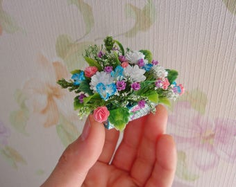 Flowers. Flowers in a cache-pot. Miniature Dollhouse. 1:12 Scale