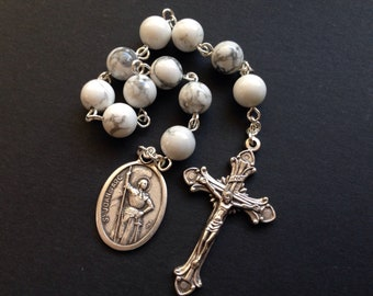 St Joan of Arc Pocket Rosary made with white howlite beads, White Catholic single decade rosary, Rosary tenner for Confirmation Saint