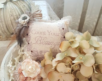 """Fall """"Count Your Blessings"""" Lavender Sachet With Feathers and Brown Back"""