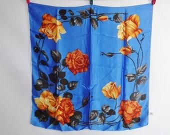 """Vintage St Michael roses scarf 68cm x 68cm / 26.7"""" x 26.7"""""""