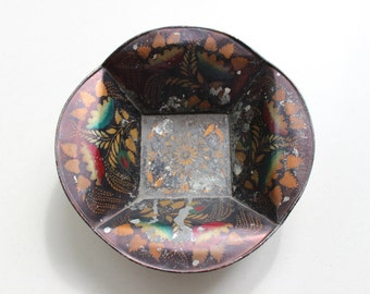 Antique Tin Bun Tray With Original Early American Decoration