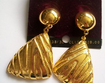 Vintage Anne Klein Clip-On Earrings -  Never Worn