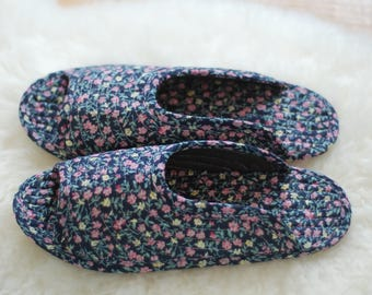 Indoor slippers, small flowers, slippers, quilted slippers, cotton, socks, non-slip, indoor socks, quilted socks, flexible slippers