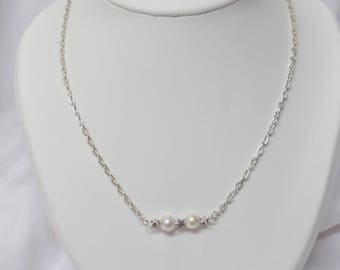 Silver plated chain, white pearls necklace