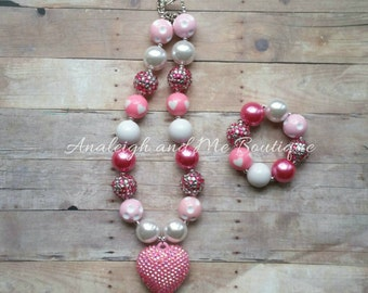 Pink and White Chunky Necklace, Pink Chunky Necklace, Pink and White Necklace, Valentine's Necklace, Valentine's Baby, Baby Necklace,  Toddl