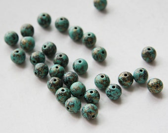 300 pieces Plastic Round Beads - 6mm (N-202)