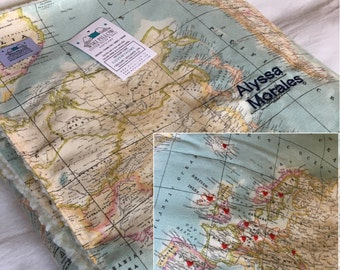 World Map Blanket, customized with name, pin red hearts in all visited countries, blanket embroidered name, throw blanket, gift travelers.
