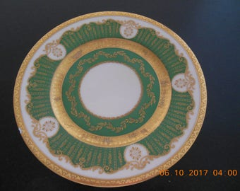 Fine Black Knight Bavaria Weissmuller 9'portelan plate with 2 small chips
