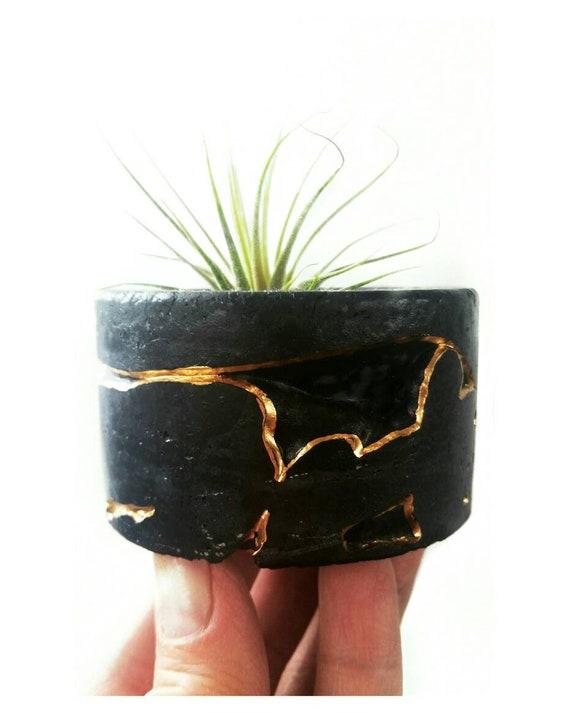 Black Concrete Air Planter,Modern planter,Cactus Planter,Air Plant, Ring Dish,Desk Planter, candle holder, Metallic planter,Mini Planter