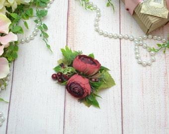 Romantic wedding Red flower Bridal hair clip Flower for hair Spring wedding Outdoors wedding Red wedding Red hair clip Deep red flower clip