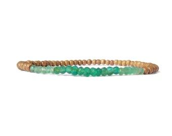 faceted onyx sandalwood bracelet / womens small bead onyx sandalwood stretch bracelet / 3mm sandalwood beaded women bracelet