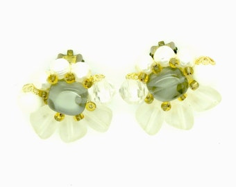 PEARL CLUSTER EARRINGS non pierced ears clip earrings big costume jewelry jewellery  vintage clip on non-pierced  not pierced elegant gifts