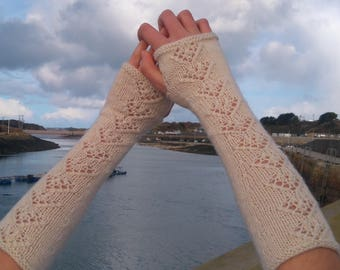 Knitting pattern for ladies lace and cabled long fingerless mittens