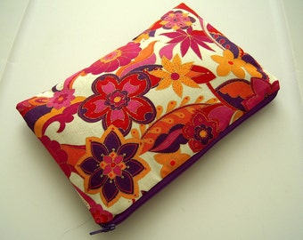 Pink & Purple Sparkly Flowers Zippered Pouch