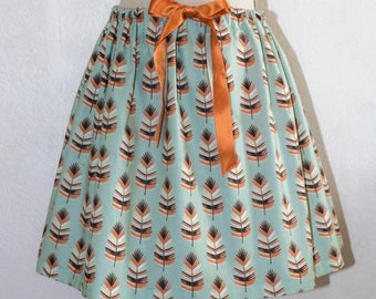 Vintage style skirt printed large feathers