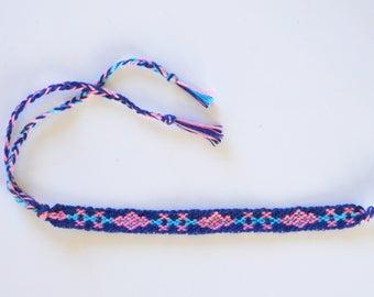 Friendship bracelet girl pattern