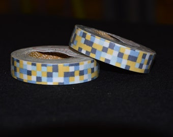 Yellow and gray toga tape-roll