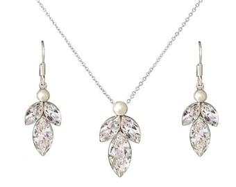 Dainty necklace set, delicate necklace set, bridal necklace, bridesmaid necklace set, gift for bridesmaids, ivory necklace, bridesmaid gift
