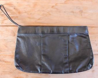 années 1980 sac à main | pochette minimaliste en cuir noir