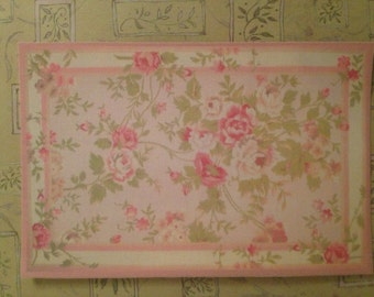 Dollhouse Miniature Romantic Shabby Chic Pink Floral Rug, Scale One Inch