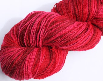 KAUNI Estonian Artistic Wool Yarn Red II 8/2, skein 220 g.