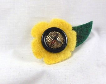 Yellow Sunflower Felted Lapel Pin Brooch