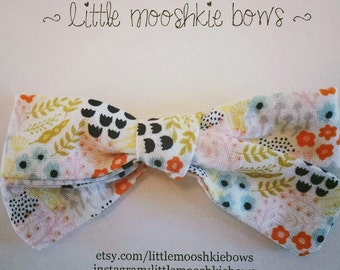 Hand Tied Gracie bow ~ Wildflower ~ Girls Hair Bow~Fabric Bow~Baby Bows~ Hand Tied Bow~ Floral Bow~ Baby headband ~ baby girl ~ Toddler girl