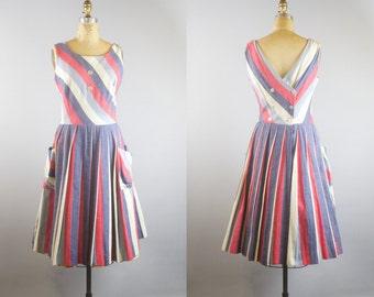 Vintage 1950s Striped Linen Summer Dress w/ Pockets / 50s Dress / 1950s Summer Dress / Medium