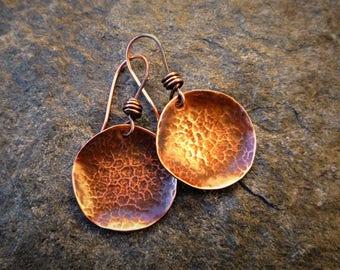 Small copper earrings, Hammered copper, Artisan jewelry, Circle earrings, Metalwork jewelry, Copper disc earrings, Antique earrings
