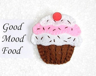Felt Fridge Magnets Cake - food magnet - kitchen decor - refrigerator magnets