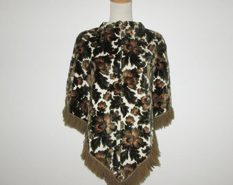 Vintage 1960s Floral Poncho / 60s Embossed Floral Tapestry Poncho Cape - Size M, L