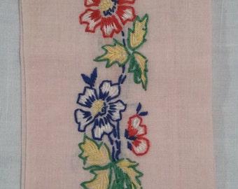 Vintage hand towel, fingertip towel. Handmade.
