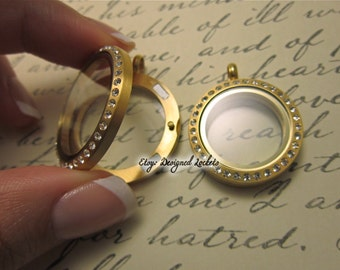 GOLD Glass Memory Locket. Magnetic closure. Highest quality!