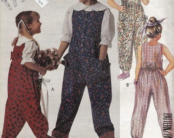 """1990's Girls Sewing Pattern Jumpsuit Pantsuit Romper Sleeveless Size 7-8-10 Breast 26--27-28.5"""" McCall's 5516 UNCUT"""