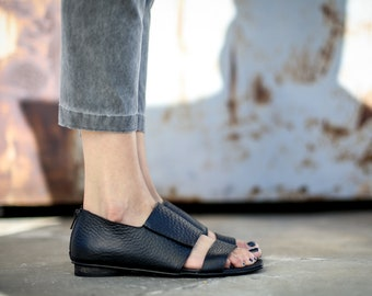 SALE, Black Summer Shoes, Black Sandals, Leather Sandals, Greek Sandals, Summer Flats, Handmade Sandals, Black Strappy Sandals, Capri