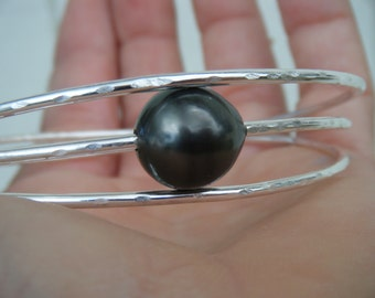 Custom Sterling Silver Tahitian Pearl bangle