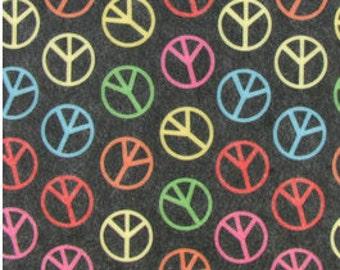 "Printed Felt Rectangle: Peace Signs (9""x12"")"
