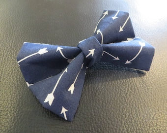 Dog Bow Tie in Navy Blue and White Arrows