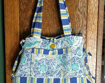 Blue mandala quilted bow purse