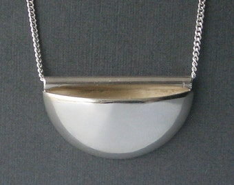 Large Pocket Necklace