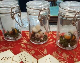 Cutest bumblebee in a slim jar