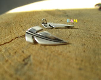 set of 2 feather charms, silver