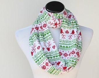 Christmas scarf reindeer infinity scarf Scandinavian fair isle cute snood scarf - green red loop scarf - gift idea for mom and teen girl