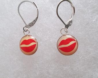 """Sterling Silver """"Lips"""" Earrings"""